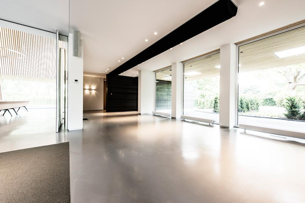 aula afscheidslocatie de vier jaargetijden crematorium zegestede Roosendaal buro ONTWARD Pole Productions
